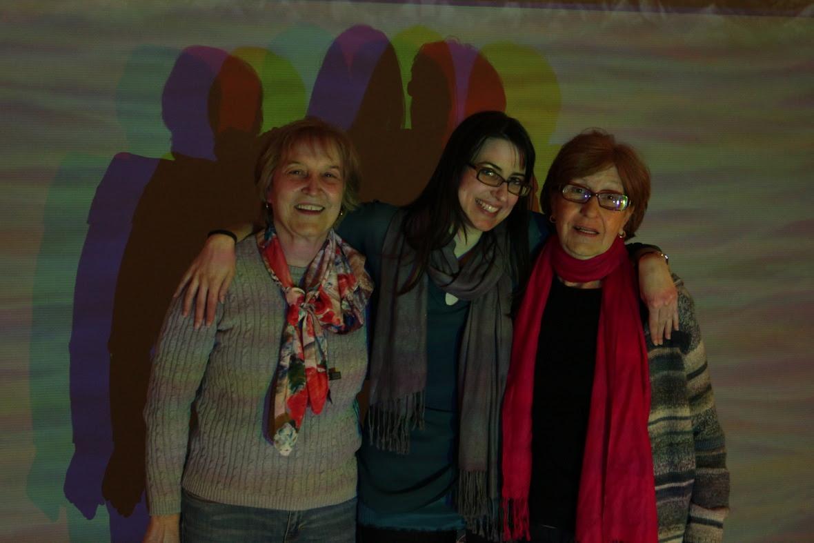 Isaura, Victoria and TIta